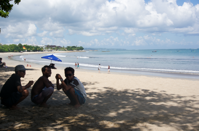 Kuta Beach - The Traveller's Guide by #ljojlo